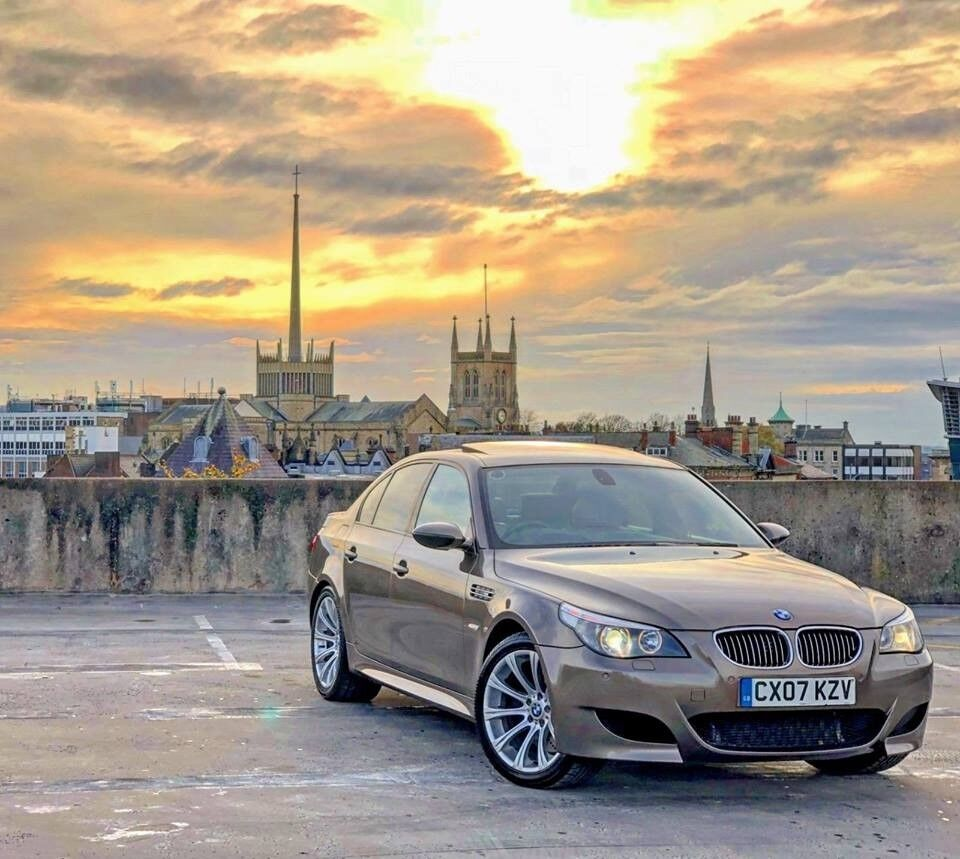M5 E60: 2007 BMW M5 V10 E60 SMG SALOON RARE SEPANG BRONZE FULLY