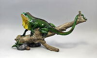 Figurine Coloured Lizard On Branch Resin Plastic 9977282 - unbranded - ebay.co.uk