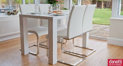 QUICK SALE - CHEAP! 4 seater dining table white gloss leather chairs
