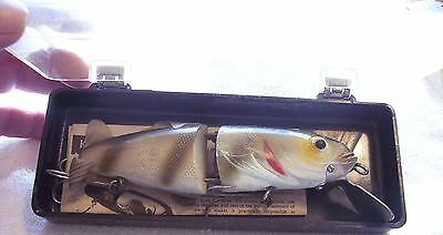 NATURALURE BAIT CO. STRIKEE MINNOW LURE MUSKY WITH ORIG. BOX  ITEM #3
