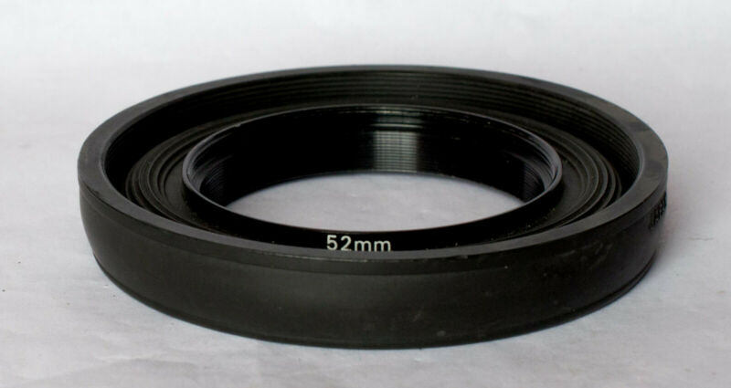 Hoya 52mm collapsible rubber lens hood.