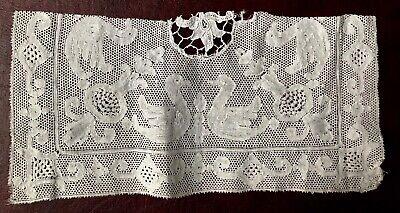 Vintage Pont de Paris bobbin lace with swans or happy ducks. Section of a rectan