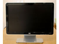 """HP w1907s 19"""" LCD TFT flatscreen monitor with power and VGA cables"""