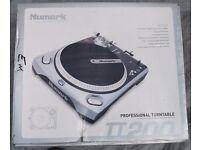 DJ TURNTABLES