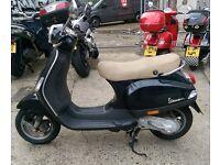 Vespa LX 50 Scooter
