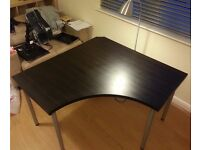 Corner table / desk