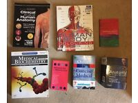 16 Medical Textbooks and Revision Flashcards for Sale