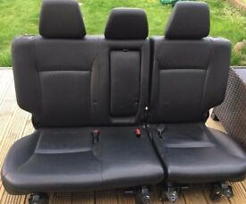 Leather rear seats CRV 2002 HONDA
