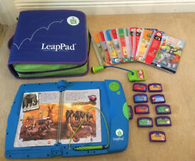 Leap pad - Leap Frog electronic learning system - learn to read with 11 cartridges & books