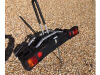 Thule 9502 tow bar mounted bike rack for 2 bikes