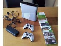 Xbox 360, Halo Reach Limited Edition Console, 2 wireless controllers, 3 games