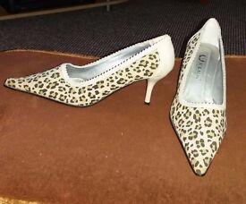 Size 4 1/2 Shoes