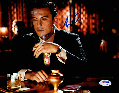 Milo Ventimiglia Signed 8X10 Photo Mob City Ned Stax Psa Dna Autographed