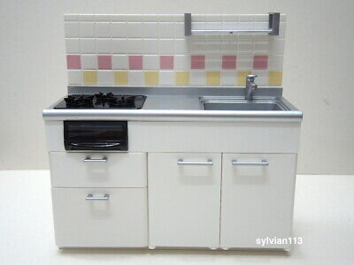 Re-Ment 2005 Miniature Dollhouse White Kitchen Cabinet with Stove and Sink w/box