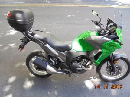GREEN KAWASAKI VERSYS 300 (LAMS) ABS