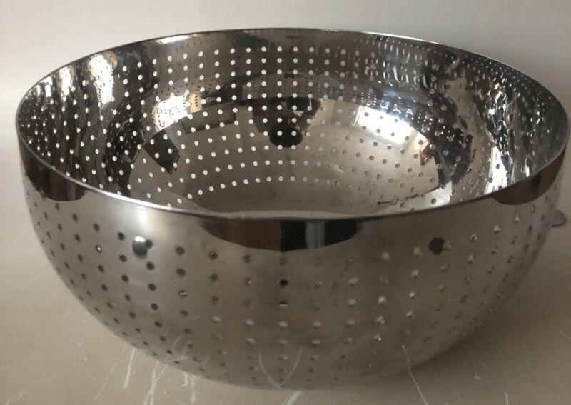 Alessi Amfitheatrof Preforated Round Bowl 18/10 Stainless Steel