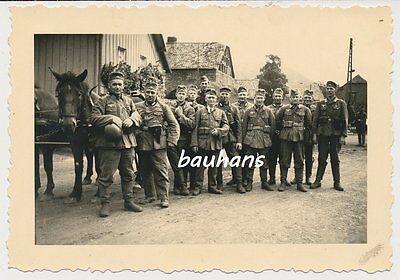 Pferde- Soldaten vom Infanterie-Regiment 257 (83.I.D.)  (p626)
