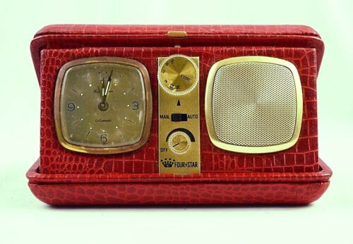 Vintage Fourstar Travel Radio Alarm Clock in Leather Case
