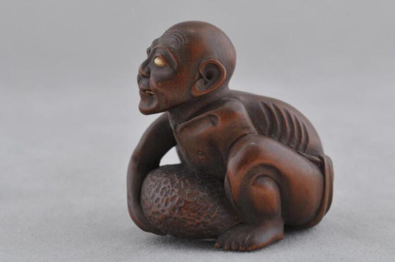 Carved Wood Netsuke. Japan. 19th century.