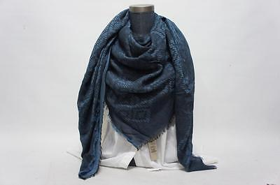 BURBERRY GIANT EXPLODED EMBOSSED CHECK SQUERE SCARFBLUE $550
