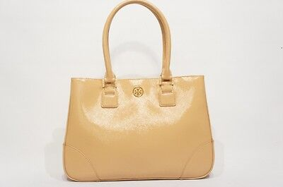 TORY BURCH  ROBINSON EST-WEST  PATENT TOTE BAG NUDE $575