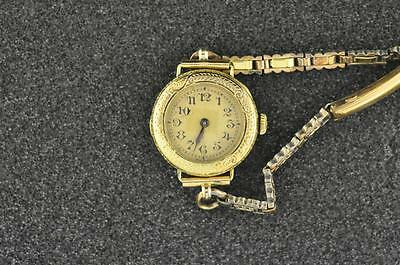 VINTAGE LADIES A. LECOULTRE 14K SOLID GOLD WRISTWATCH KEEPING TIME .