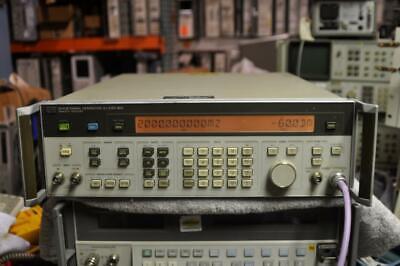 Hp 8642m .1-2100mhz Signal Generator Works Good Option 1 Same As Hp 8642b