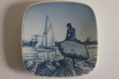 ROYAL COPENHAGEN SMALL SQUARE PLATE LANGELINIE.