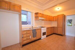 4 Bed Home Campsie Quiet Street, Excellent condition Campsie Canterbury Area Preview