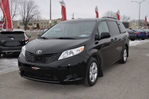 2013 Toyota Sienna LE 8 PASS.