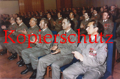 J123 25 JAHRE KAMPFGRUPPEN HONECKER DDR 1978 BERLIN CA 20X30