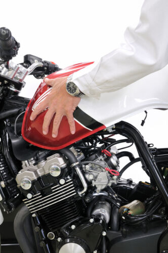 How to Buy and Install Your Own Yamaha Motorbike Parts