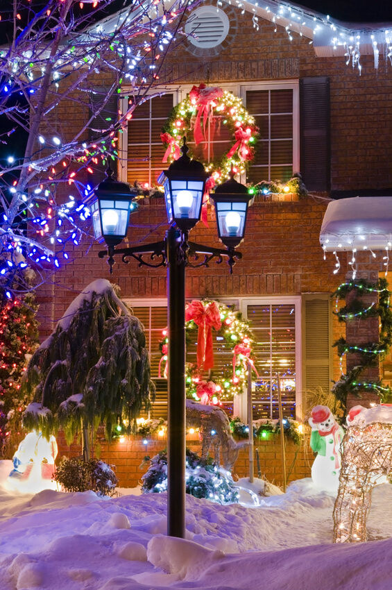 How To Effectively Hang Christmas Lights On Brick Siding