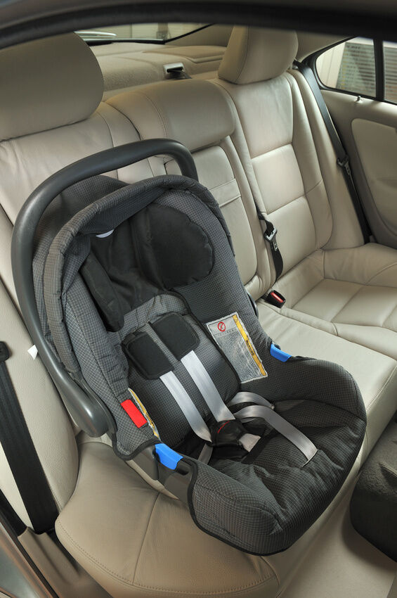 How to install a baby car seat