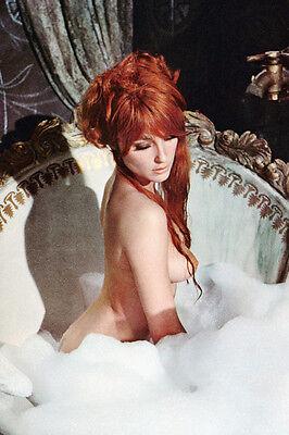 Sharon Tate In Bath Tub Fearless Vampire Killers 11X17 Poster