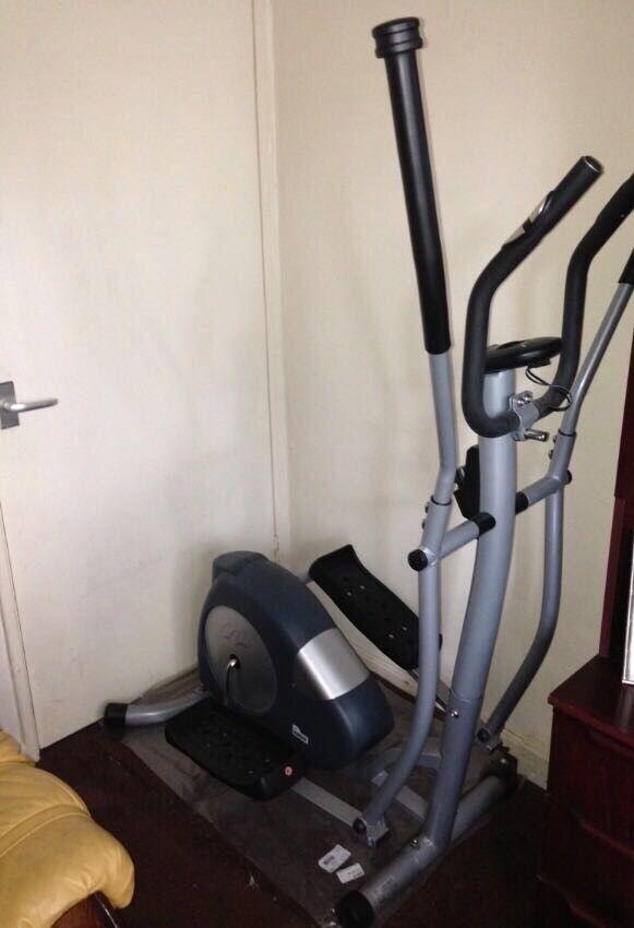 Carl Lewis fitness machine