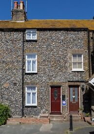 2 Bed, fully furnished, quaint Fisherman's Cottage. Start date 2nd of October ( 6 months only)