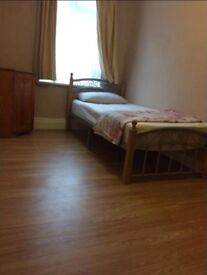 Single room rent in woolwich centre