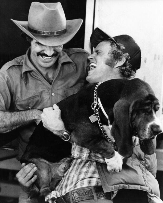Smokey and the Bandit Burt Reynolds Jerry Reed holding dog 8x10 Photo