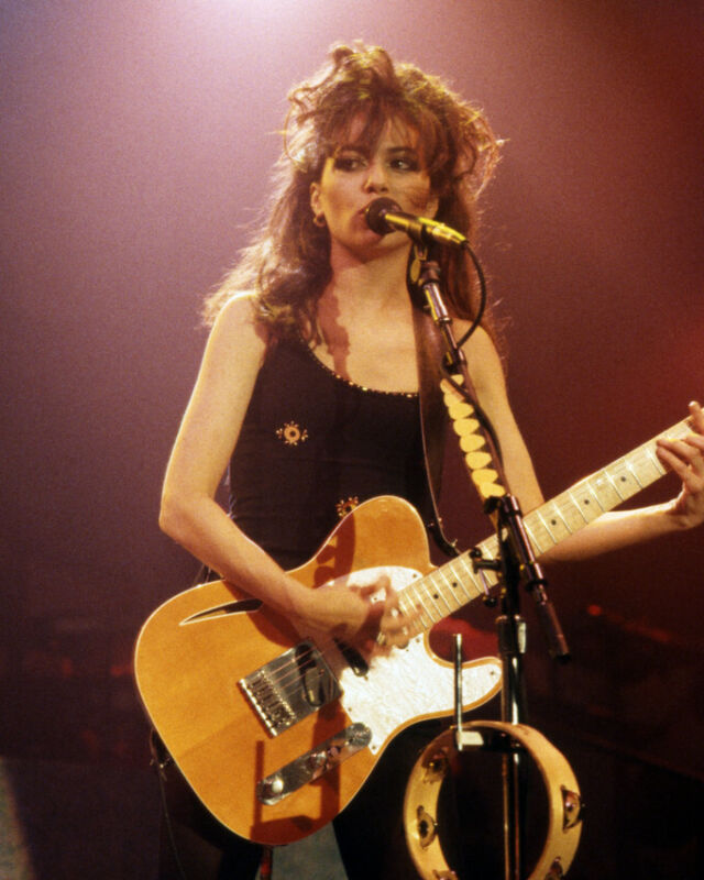 Susanna Hoffs 8x10 Photo Poster Print The Bangles With Guitar