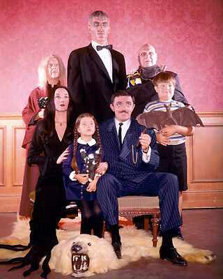 THE ADDAMS FAMILY TV RARE CAST COLOR 8X10 PHOTO Addams Family-tv