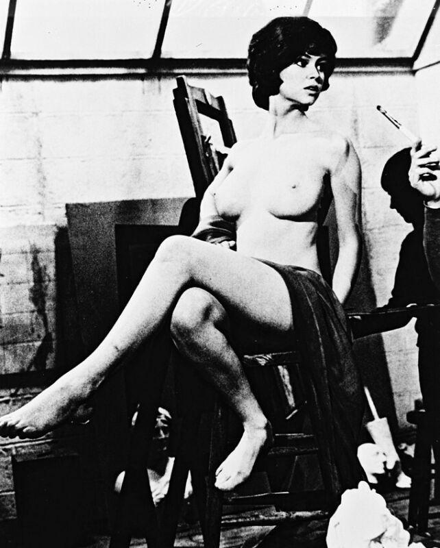 Gabrielle Drake UFO TV series star poses naked 8x10 B&W Photo