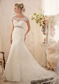 Morilee Wedding Gown, beautiful shape, size 10, worn once.