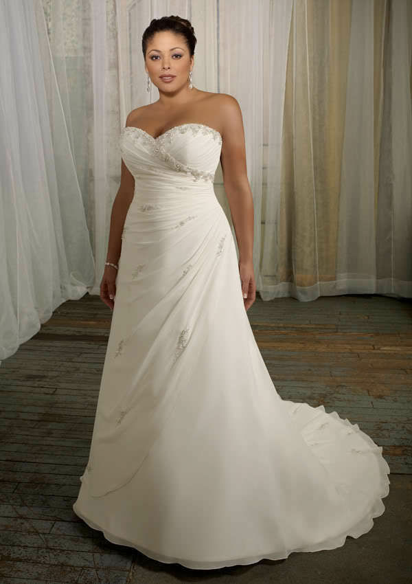 Brides Who Want To Show Off Their Hourglass Figure Can Choose A Strapless Wedding  Gown That Has A Built In Corset. The Corset Helps To Define The Waistline,  ...