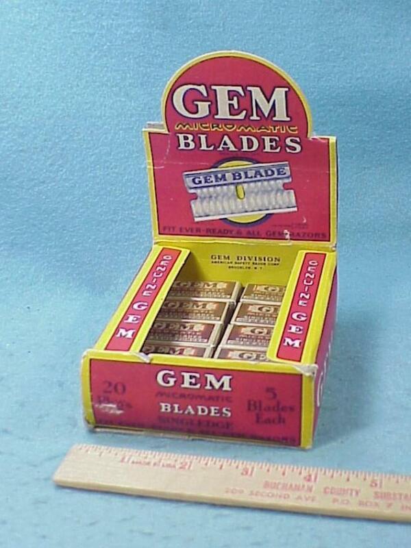 GEM Razor Blades Display   - WW2