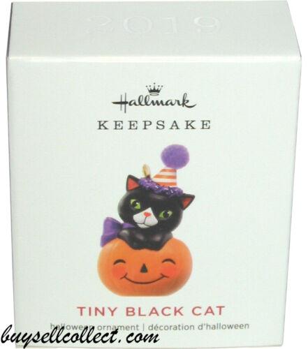 2019 Hallmark Mini TINY BLACK CAT Halloween Miniature kitty pumpkin ornament NEW
