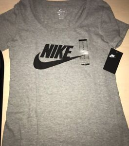 Brand New Nike Women's T-shirt Shirt