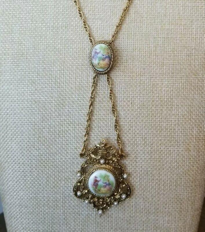 Victorian Vintage  Cameo Porcelain Necklace