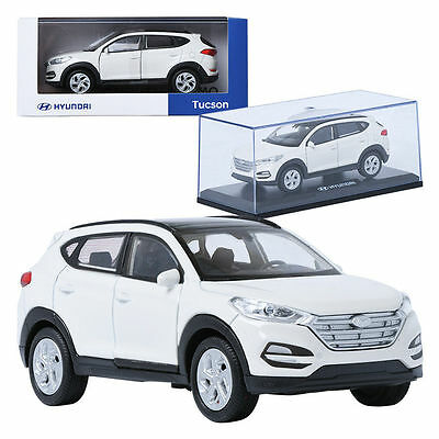 Pino B&D HYUNDAI Tucson TL White 1:38 Display Mini Car Miniature Car