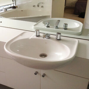 2 Basins, plus taps and spouts Westbourne Park Mitcham Area Preview